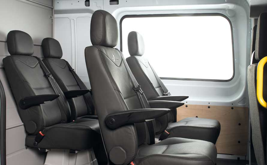 cabine approfondie conforis xl bv productions. Black Bedroom Furniture Sets. Home Design Ideas